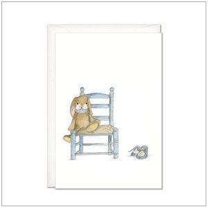 Kaart versturen - postcard - knuffel konijn op stoel blauw